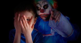 ¡Horror! Se acerca el carnaval y mi hijo tiene miedo a los disfraces