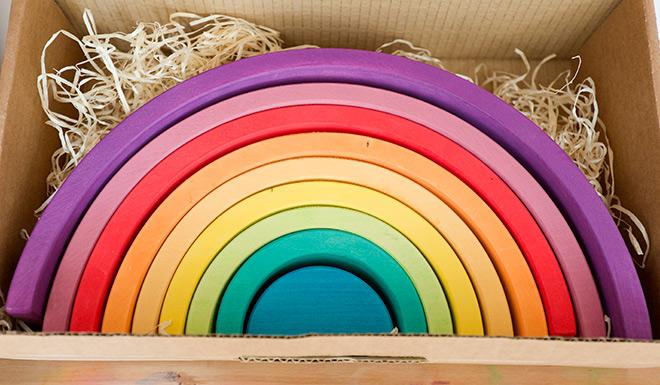El Arco Iris Waldorf El Juguete Prefecto Para Todas Las Edades
